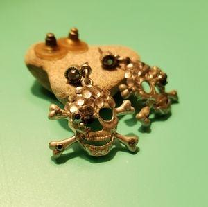 Betsey Johnson skull+crossbones earrings